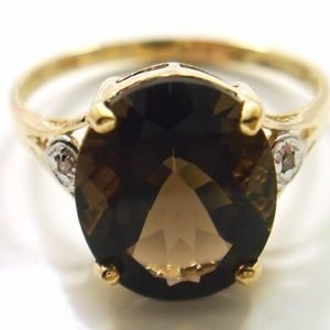 10KT YELLOW GOLD 4CT SMOKEY TOPAZ & DIAMOND